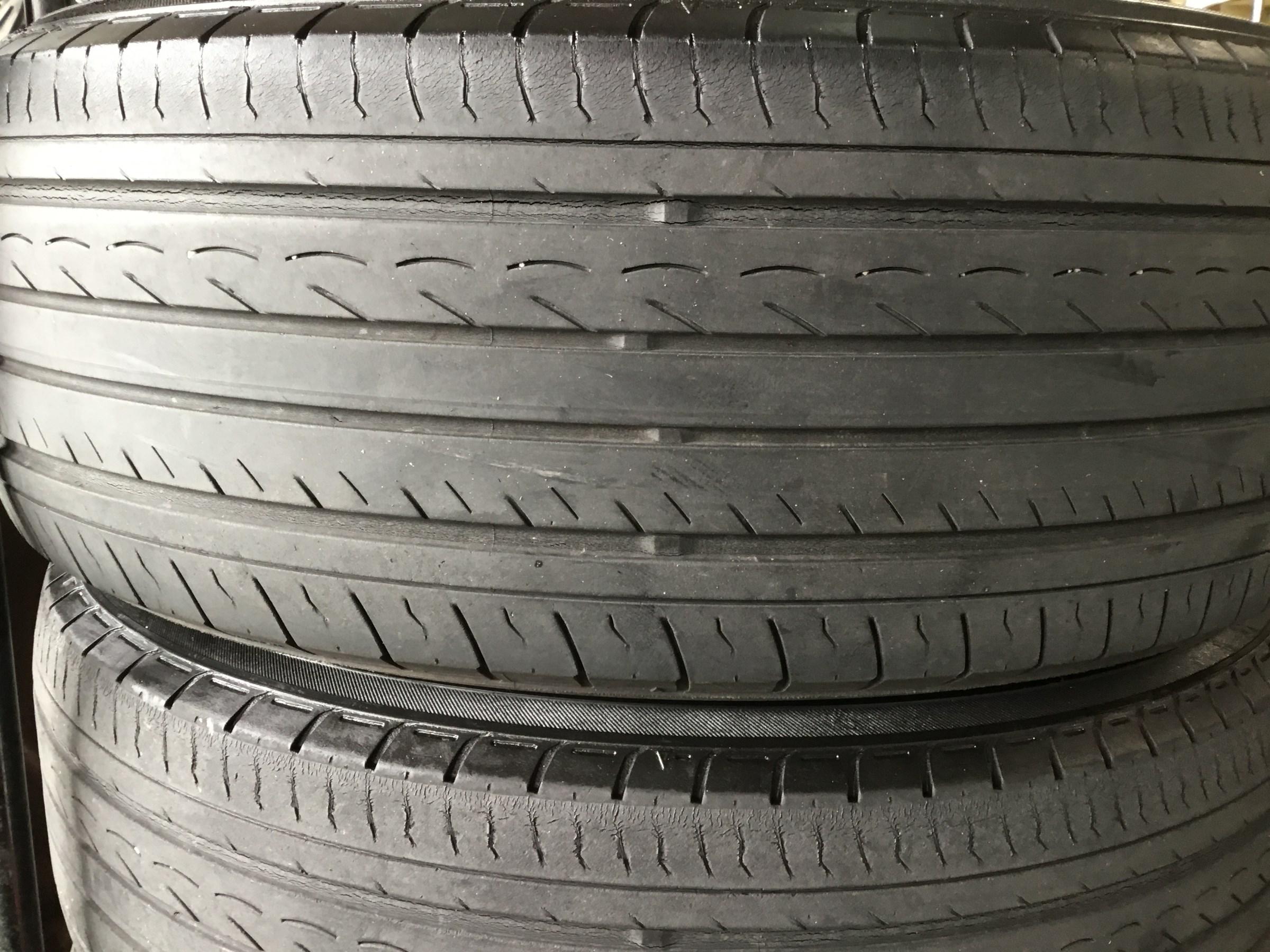 交換 時期 タイヤ プリウス