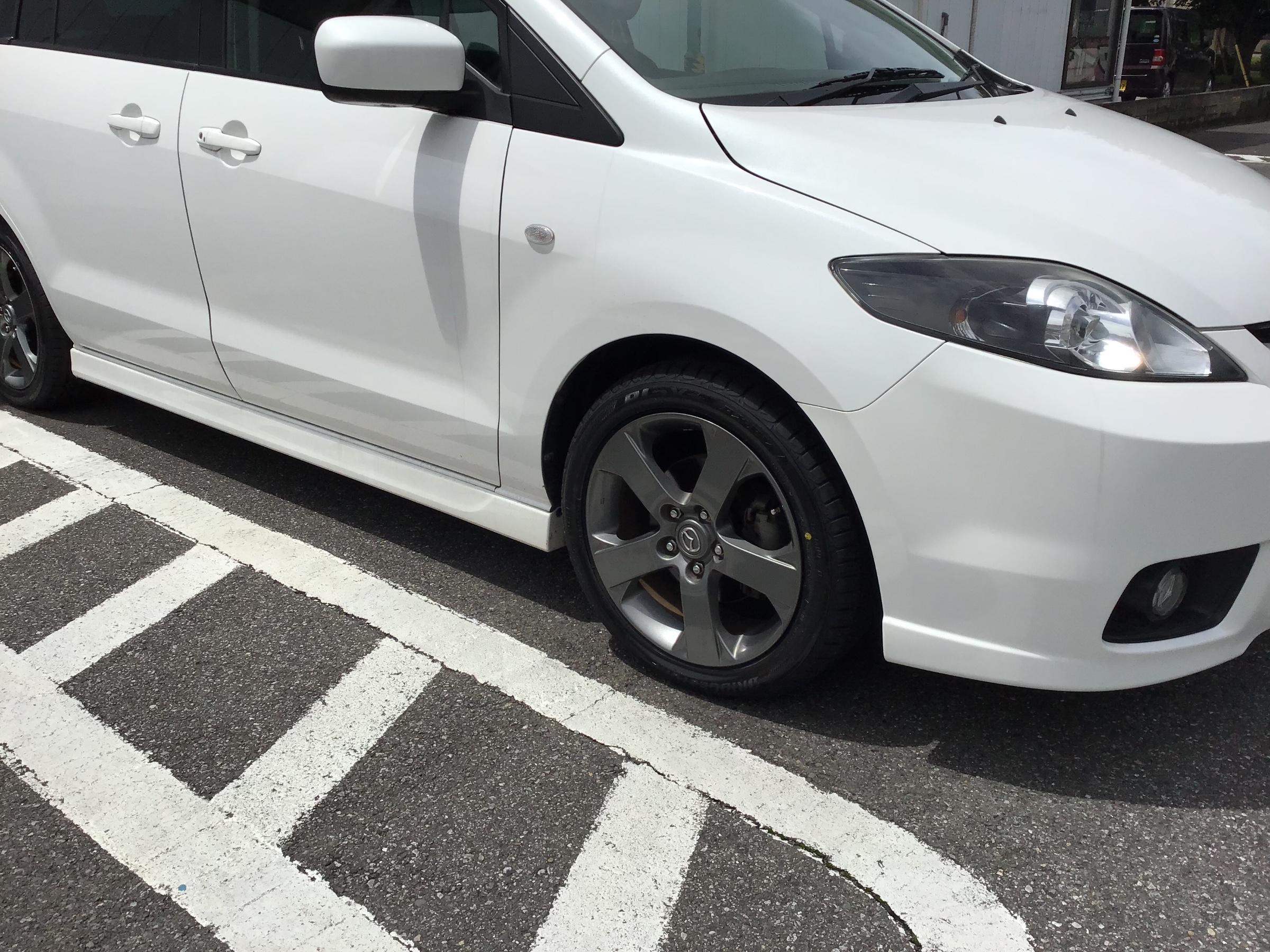 プレマシー タイヤ サイズ